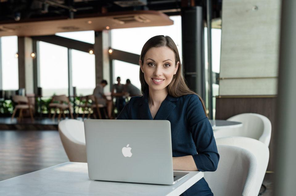 sesja wizerunkowa gdańsk, sesja biznesowa gdańsk, olivia business centre, olivia star, mrugała studio